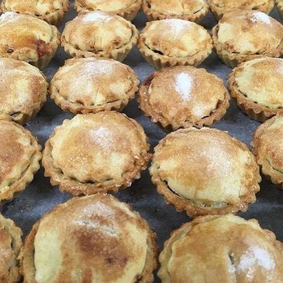 Handmade Christmas Mince Pies