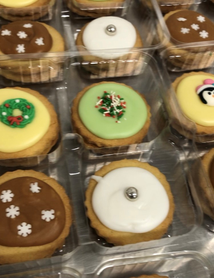 Festive Iced Shortbread Biscuits (4)